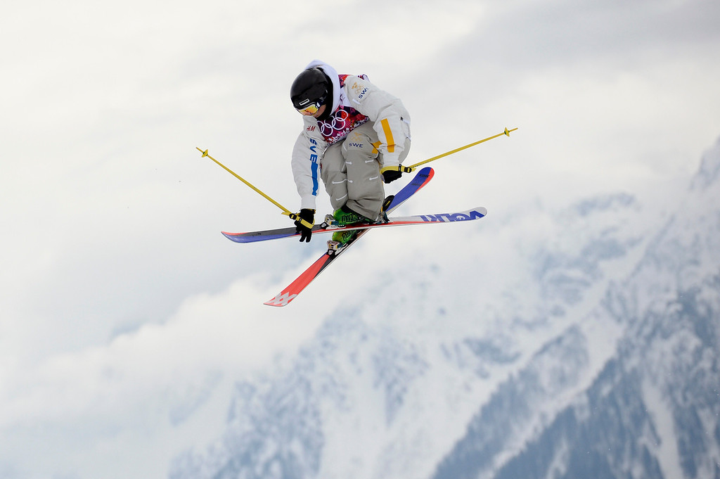 Description of . Sweden\'s Emma Dahlstrom competes in the Women\'s Freestyle Skiing Slopestyle Flower Ceremony at the Rosa Khutor Extreme Park during the Sochi Winter Olympics on February 11, 2014.  AFP PHOTO / FRANCK FIFE/AFP/Getty Images