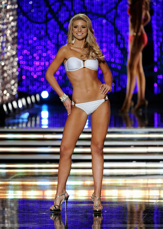 Description of . Ali Rogers, Miss South Carolina, competes in the swimsuit competition during the 2013 Miss America Pageant at PH Live at Planet Hollywood Resort & Casino on January 12, 2013 in Las Vegas, Nevada.  (Photo by David Becker/Getty Images)