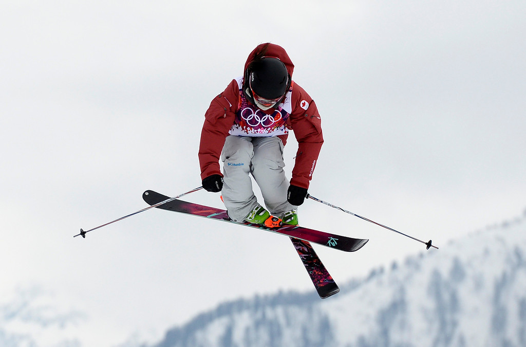Description of . Canada\'s Yuki Tsubota competes in the Women\'s Freestyle Skiing Slopestyle finals at the Rosa Khutor Extreme Park during the Sochi Winter Olympics on February 11, 2014. AFP PHOTO / FRANCK FIFE/AFP/Getty Images