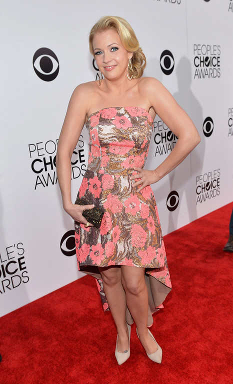 Description of . LOS ANGELES, CA - JANUARY 08:  Actress Melissa Joan Hart attends The 40th Annual People's Choice Awards at Nokia Theatre L.A. Live on January 8, 2014 in Los Angeles, California.  (Photo by Michael Buckner/Getty Images for The People's Choice Awards)