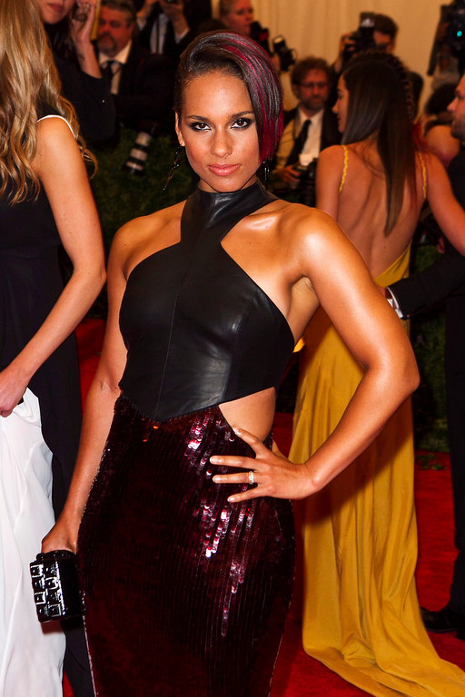 Description of . Singer Alicia Keys arrives at the Metropolitan Museum of Art Costume Institute Benefit celebrating the opening of