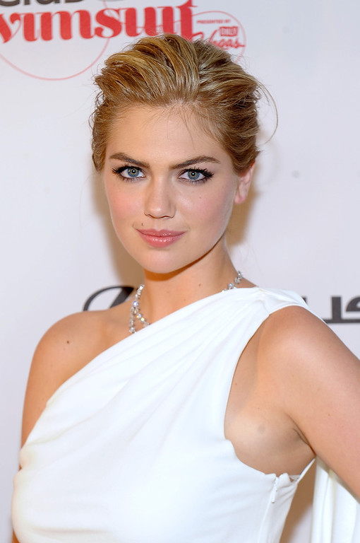 Description of . SI Swimsuit Model Kate Upton attends Club SI Swimsuit at 1 OAK Nightclub at The Mirage Hotel & Casino on February 14, 2013 in Las Vegas, Nevada.  (Photo by Michael Loccisano/Getty Images for Sports Illustrated)