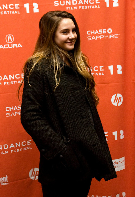 Description of . Actress Shailene Woodley, star of the Decendents, on the red carpet before the premiere of