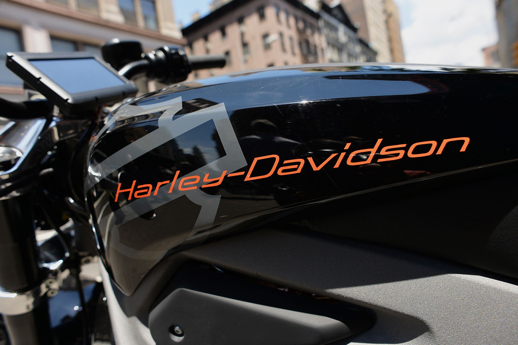 Description of . The logo on a Harley-Davidson Project LiveWire, the company's first electric motorcycle, during a preview June 23, 2014 outside a Harley-Davidson dealer in New York. AFP PHOTO/Stan  HONDA/AFP/Getty Images