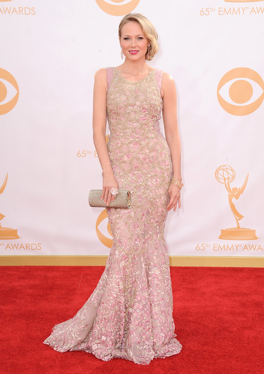 Description of . Jewel arrives at the 65th Primetime Emmy Awards at Nokia Theatre on Sunday Sept. 22, 2013, in Los Angeles.  (Photo by Jordan Strauss/Invision/AP)