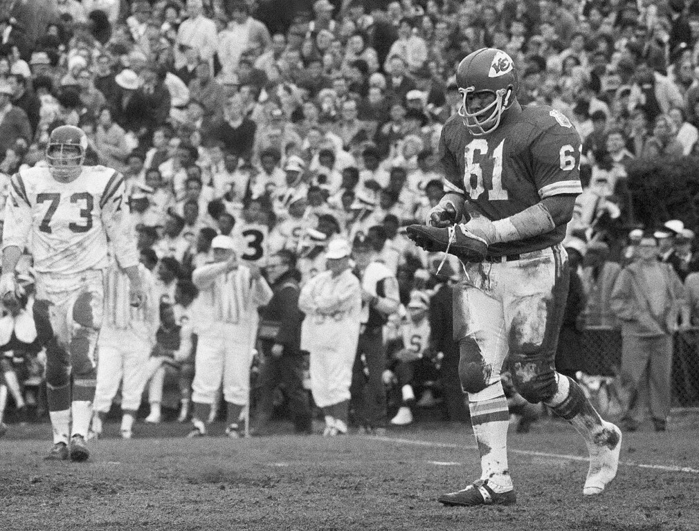 Description of . FILE - In t his Jan. 11, 1970, file photo, Kansas City defensive tackle Curley Culp heads towards the sidelines after losing a shoe during NFL football's Super Bowl IV against the Minnesota Vikings in New Orleans. Culp was selected to the Pro Football Hall of Fame on Saturday, Feb. 2, 2013. (AP Photo/JS, File)