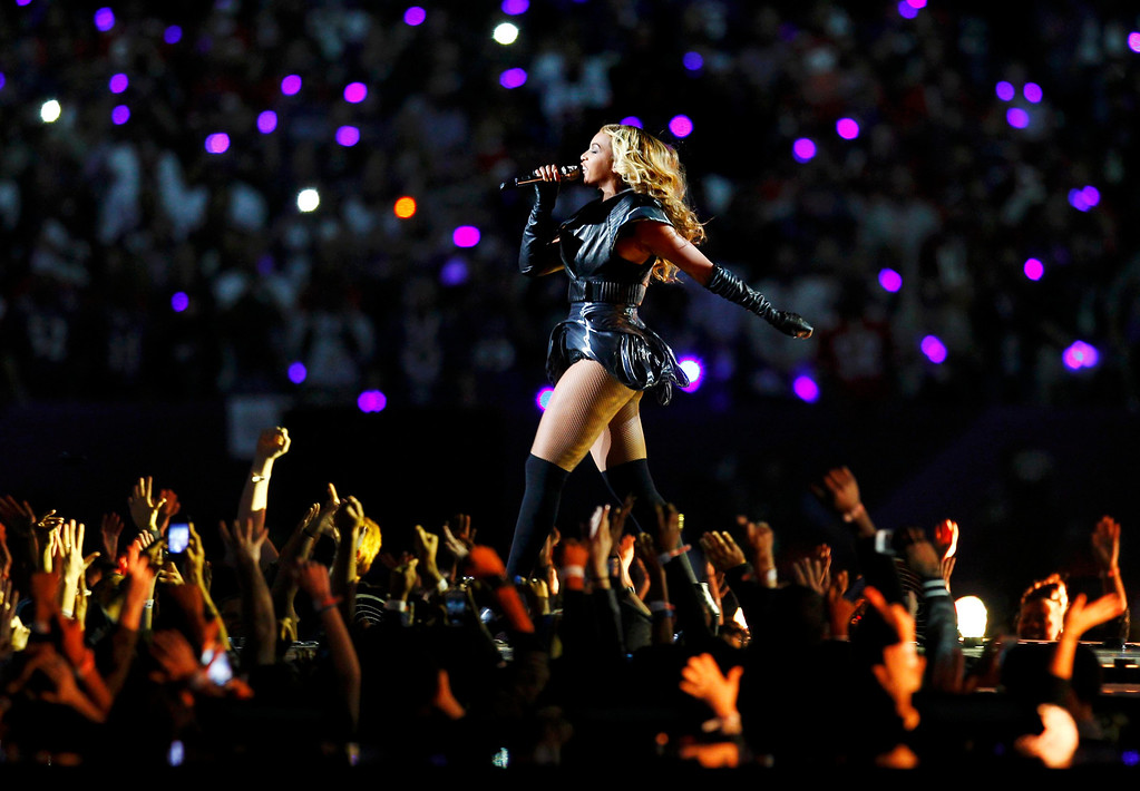 Description of . Beyonce performs during the half time show in the NFL Super Bowl XLVII football game in New Orleans, Louisiana, February 3, 2013.  REUTERS/Gary Hershorn