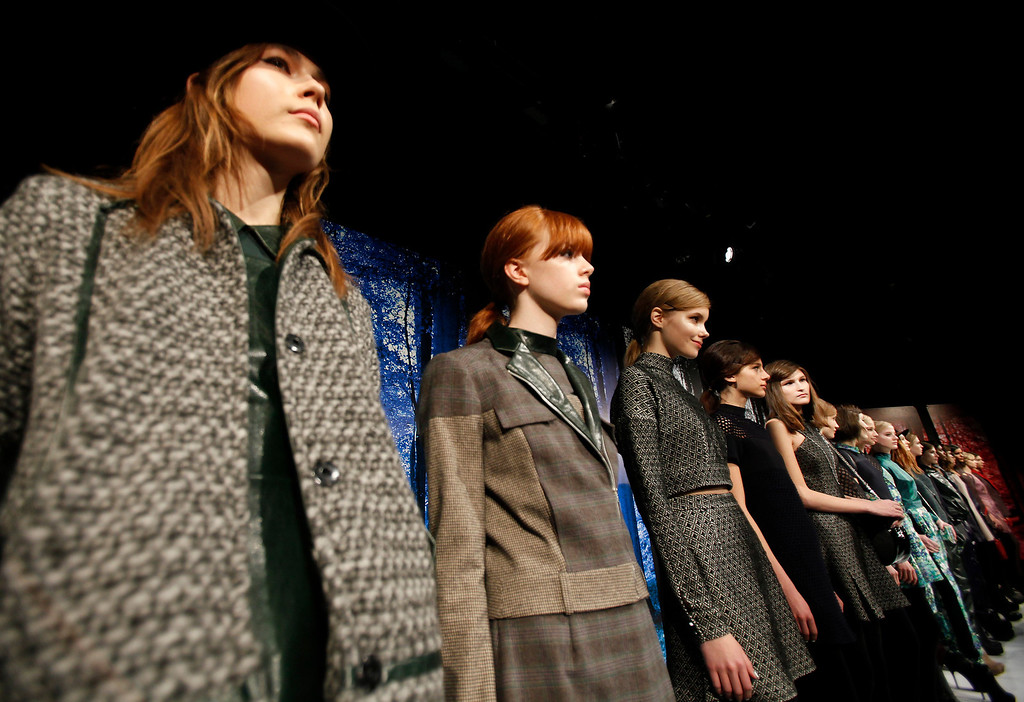 Description of . Models present creations during the Charlotte Ronson Fall 2013 presentation at New York Fashion Week in New York, February 8, 2013.  REUTERS/Carlo Allegri