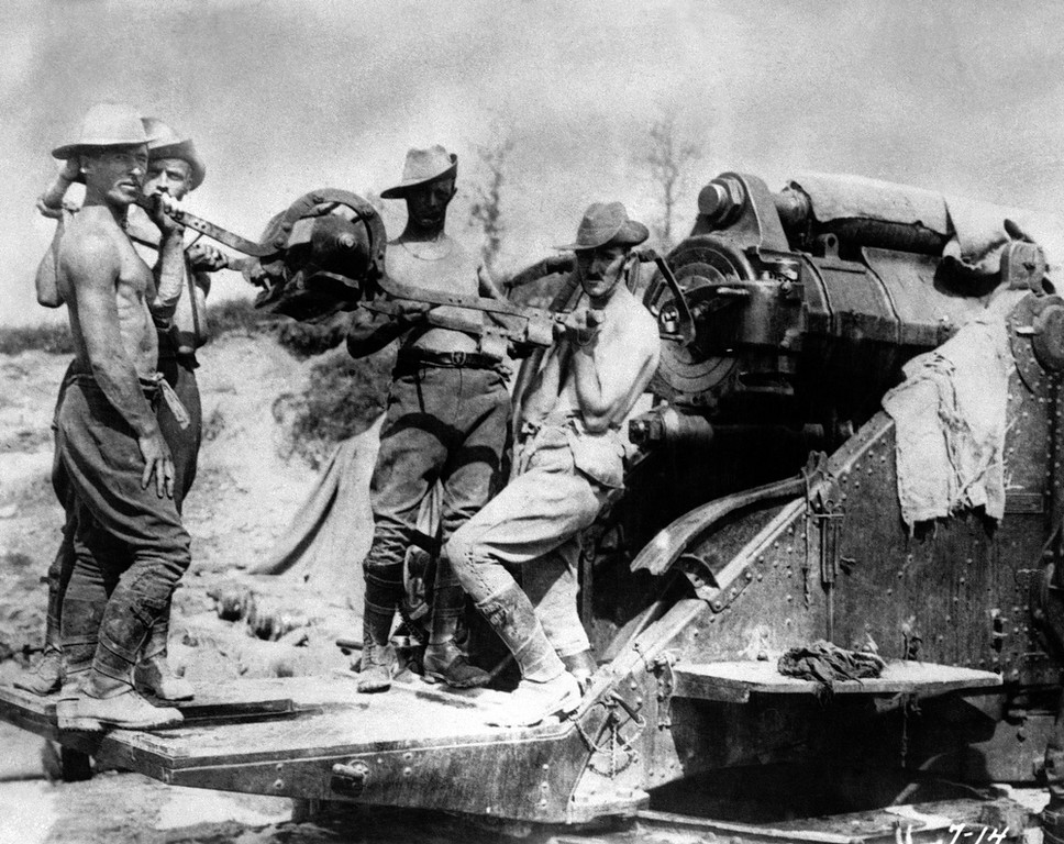 Description of . Australian artillery operating a large caliber gun at the Somme front, France in 1916. (AP Photo)