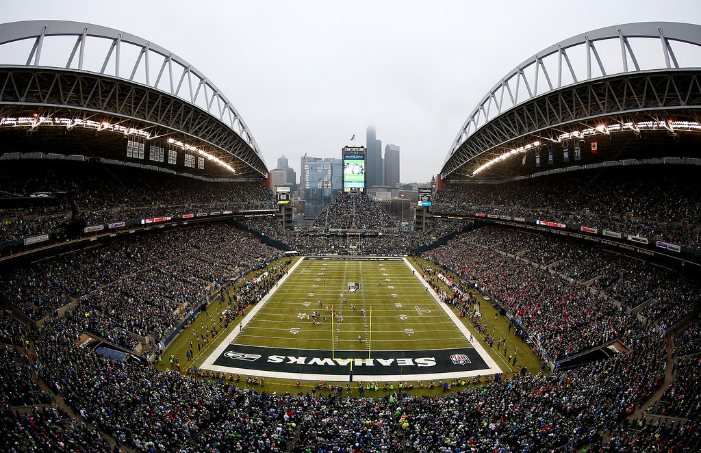 . A general view in the first quarter between the Seattle Seahawks and the San Francisco 49ers during the 2014 NFC Championship at CenturyLink Field on January 19, 2014 in Seattle, Washington.  (Photo by Tom Pennington/Getty Images)