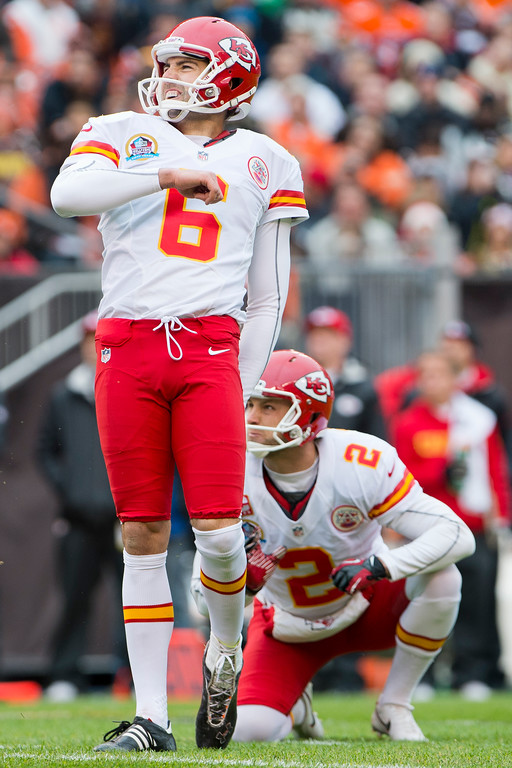 Description of . CLEVELAND, OH - DECEMBER 09: Kicker Ryan Succop #6 of the Kansas City Chiefs reacts as he misses a filed goal during the first half against the Cleveland Browns at Cleveland Browns Stadium on December 9, 2012 in Cleveland, Ohio. (Photo by Jason Miller/Getty Images)
