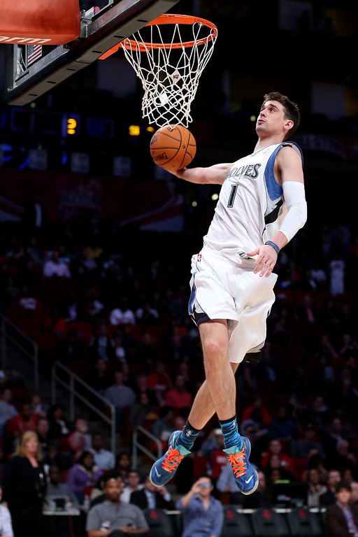 Description of . HOUSTON, TX - FEBRUARY 15:  Alexy Shved #1 of the Minnesota Timberwolves and Team Chuck goes up to dunk the ball in the BBVA Rising Stars Challenge 2013 part of the 2013 NBA All-Star Weekend at the Toyota Center on February 15, 2013 in Houston, Texas.  (Photo by Ronald Martinez/Getty Images)