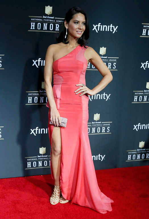 Description of . Actress Olivia Munn arrives at the 2nd Annual NFL Honors in New Orleans, Louisiana, February 2, 2013. The San Francisco 49ers will meet the Baltimore Ravens in the NFL Super Bowl XLVII football game February 3.    REUTERS/Lucy Nicholson