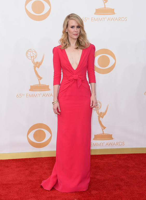 Description of . Actress Sarah Paulson arrives at the 65th Annual Primetime Emmy Awards held at Nokia Theatre L.A. Live on September 22, 2013 in Los Angeles, California.  (Photo by Jason Merritt/Getty Images)