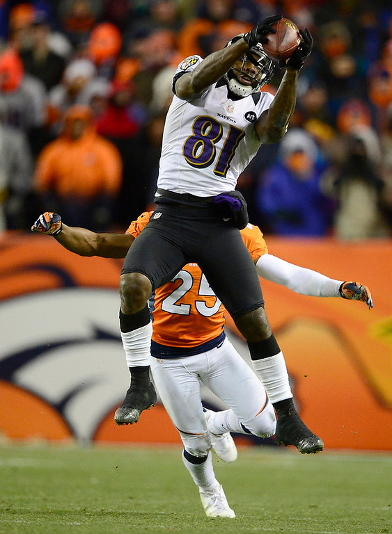 Description of . Baltimore Ravens wide receiver Anquan Boldin (81) makes a catch in the fourth quarter The Denver Broncos vs Baltimore Ravens AFC Divisional playoff game at Sports Authority Field Saturday January 12, 2013. (Photo by AAron  Ontiveroz,/The Denver Post)