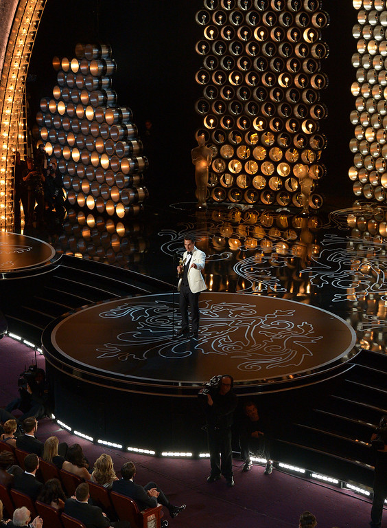 Description of . Matthew McConaughey accepts the award for best actor in a leading role for