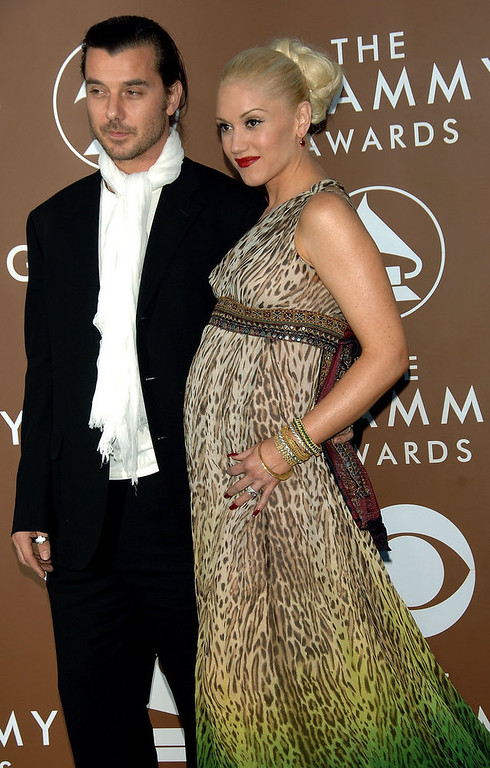 Description of . Musicians Gavin Rossdale and wife Gwen Stefani arrive at the 48th Annual Grammy Awards at the Staples Center on February 8, 2006 in Los Angeles, California.  (Photo by Stephen Shugerman/Getty Images)