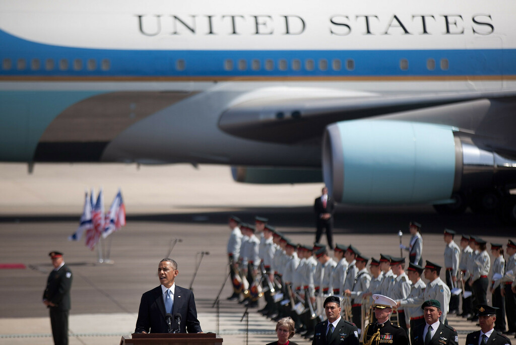 Description of . US President Barack Obama speaks during an official welcoming ceremony on his arrival at Ben Gurion International Airport on March, 20, 2013 near Tel Aviv, Israel.  (Photo by Uriel Sinai/Getty Images)