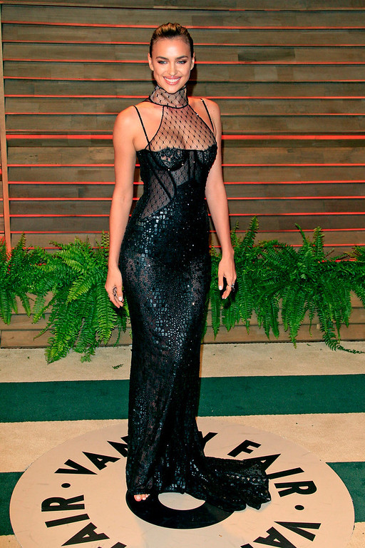 Description of . Irina Shayk arrives for the Vanity Fair Oscar After-Party following the 86th annual Academy Awards ceremony in Hollywood, Los Angeles, California, USA, 02 March 2014.  EPA/NINA PROMMER