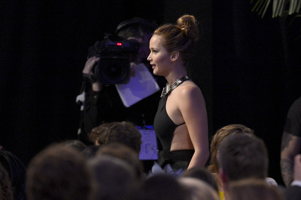 Description of . SANTA MONICA, CA - FEBRUARY 23:  Actress Jennifer Lawrence attends the 2013 Film Independent Spirit Awards at Santa Monica Beach on February 23, 2013 in Santa Monica, California.  (Photo by Kevork Djansezian/Getty Images)