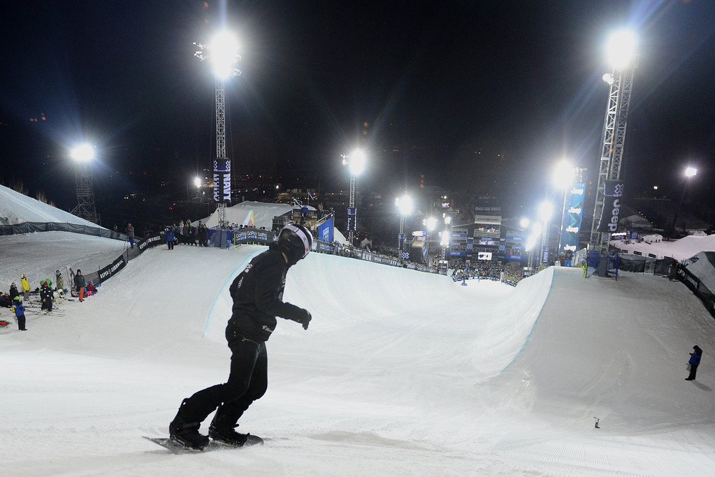 Description of . ASPEN, CO - JANUARY 27: Shaun White warms up during the men's snowboard superpipe final. X Games Aspen Buttermilk Mountain January 27, 2013. (Photo By AAron Ontiveroz/The Denver Post)