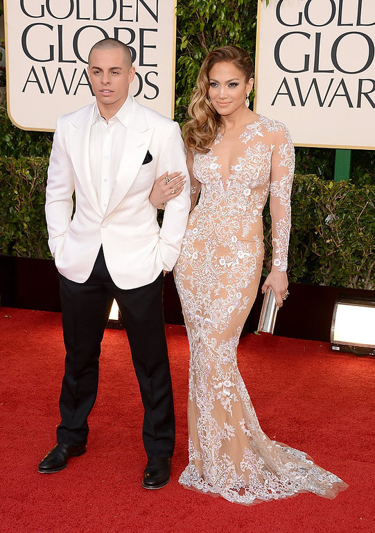 Description of . Singer-actress Jennifer Lopez (R) and Casper Smart arrive at the 70th Annual Golden Globe Awards held at The Beverly Hilton Hotel on January 13, 2013 in Beverly Hills, California.  (Photo by Jason Merritt/Getty Images)