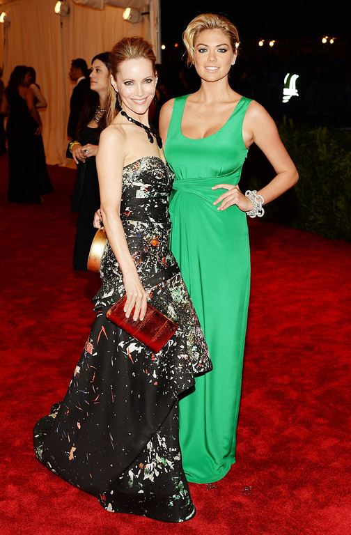 Description of . Leslie Mann (L) and Kate Upton attend the Costume Institute Gala for the