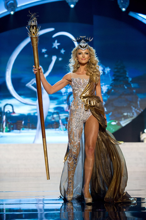 Description of . Miss South Africa 2012, Melinda Bam, performs onstage at the 2012 Miss Universe National Costume Show on Friday, Dec. 14, 2012 at PH Live in Las Vegas, Nevada. The 89 Miss Universe Contestants will compete for the Diamond Nexus Crown on Dec. 19, 2012. (AP Photo/Miss Universe Organization L.P., LLLP)