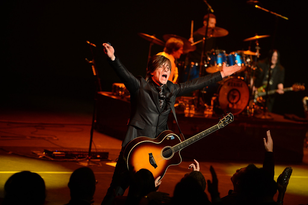 Description of . WASHINGTON, DC - JANUARY 21:  Singer/guitarist Johnny Rzeznik of the Goo Goo Dolls performs onstage at The Creative Coalition's 2013 Inaugural Ball at the Harman Center for the Arts on January 21, 2013 in Washington, United States.  (Photo by Stephen Lovekin/Getty Images)