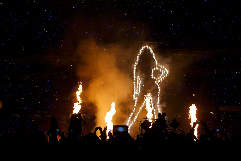 Description of . Beyonce performs during the halftime show of the NFL Super Bowl XLVII football game in New Orleans, Louisiana, February 3, 2013.  REUTERS/Brian Snyder