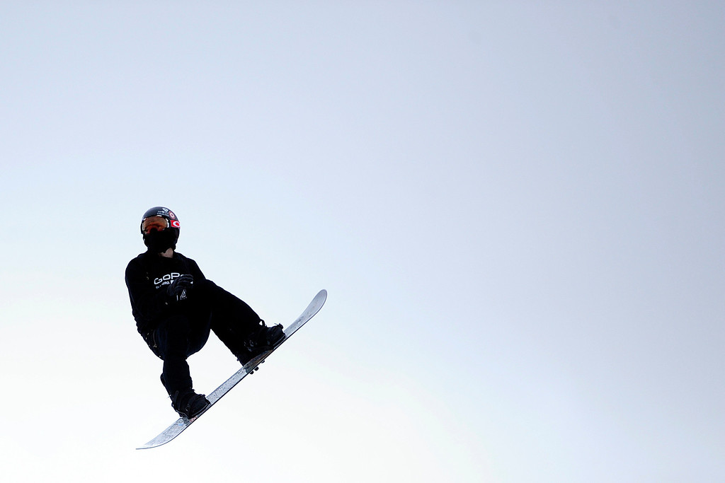 Description of . ASPEN, CO. - JANUARY 24: Shaun White grabs some air during the men's Snowboard Slopestyle elimination. Men's Snowboard Slopestyle elimination X Games Aspen Buttermilk Mountain Aspen January 24, 2013. (Photo By AAron Ontiveroz / The Denver Post)