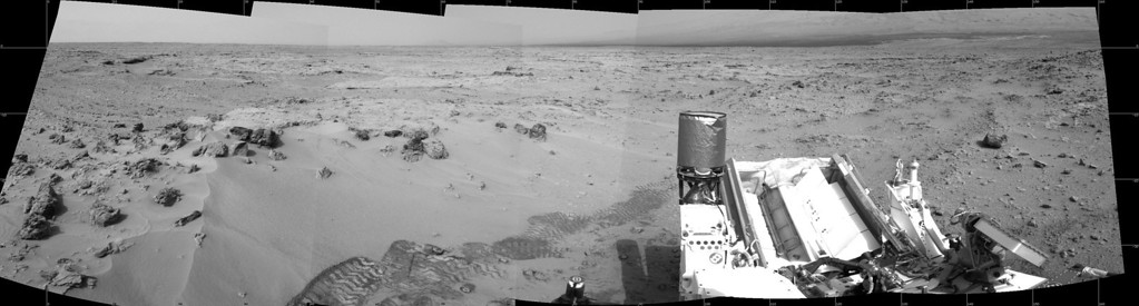 Description of . The Mars rover Curiosity drove 6.2 feet (1.9 meters) during the 100th Martian day, or sol, of the mission on November 16, 2012 in this panoramic image courtesy of NASA. The rover used its Navigation Camera after the drive to record the images combined into this view. REUTERS/NASA/JPL-Caltech/Handout