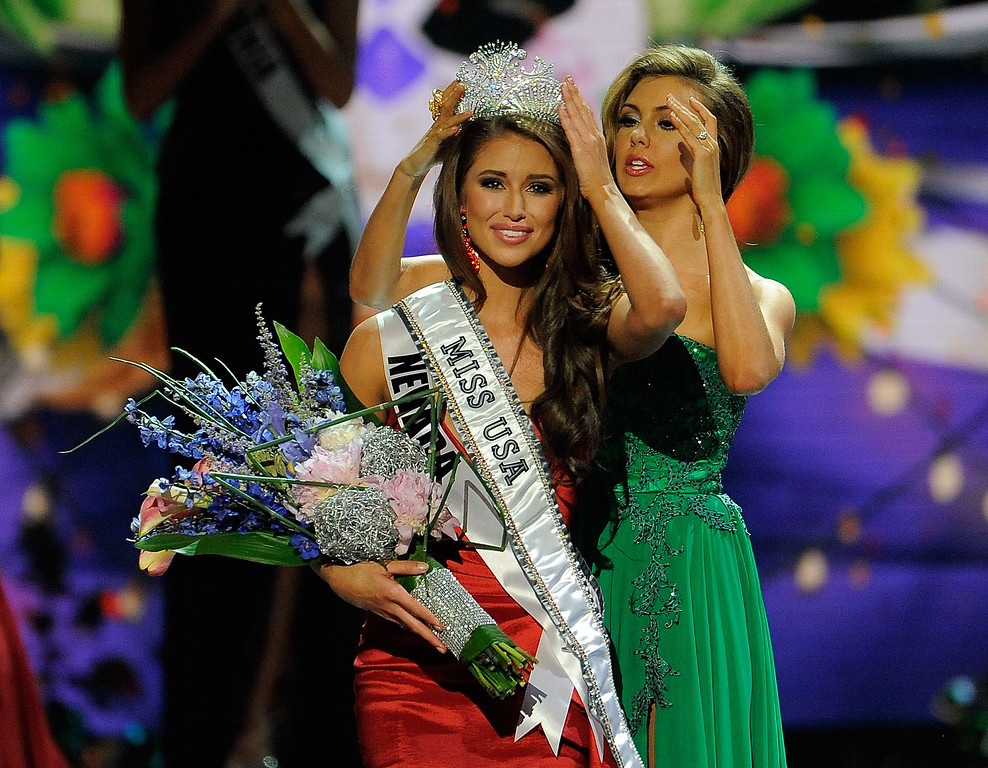 Description of . Miss Nevada Nia Sanchez is crowned Miss USA during the 2014 Miss USA Competition at The Baton Rouge River Center on June 8, 2014 in Baton Rouge, Louisiana.  (Photo by Stacy Revere/Getty Images)