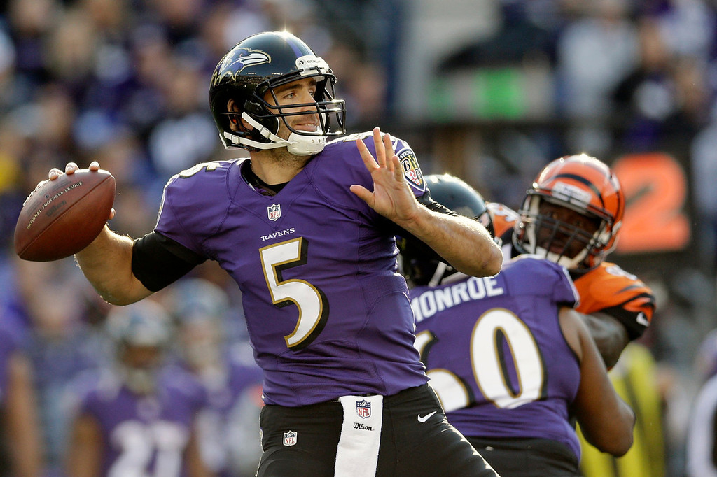 Description of . Baltimore Ravens quarterback Joe Flacco passes the ball during the first half of a NFL football game against the Cincinnati Bengals in Baltimore, Sunday, Nov. 10, 2013. (AP Photo/Patrick Semansky)