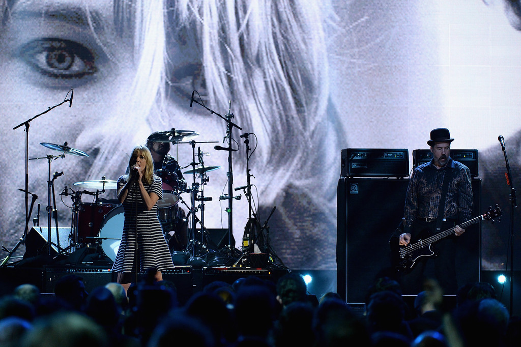 Description of . Musician Kim Gordon and Krist Novoselic perform onstage at the 29th Annual Rock And Roll Hall Of Fame Induction Ceremony at Barclays Center of Brooklyn on April 10, 2014 in New York City.  (Photo by Larry Busacca/Getty Images)