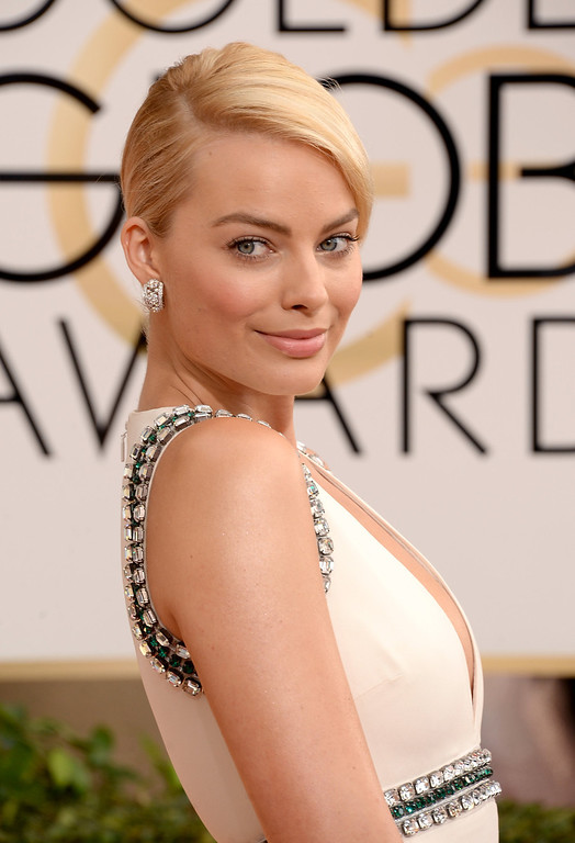 Description of . Actress Margot Robbie attends the 71st Annual Golden Globe Awards held at The Beverly Hilton Hotel on January 12, 2014 in Beverly Hills, California.  (Photo by Jason Merritt/Getty Images)