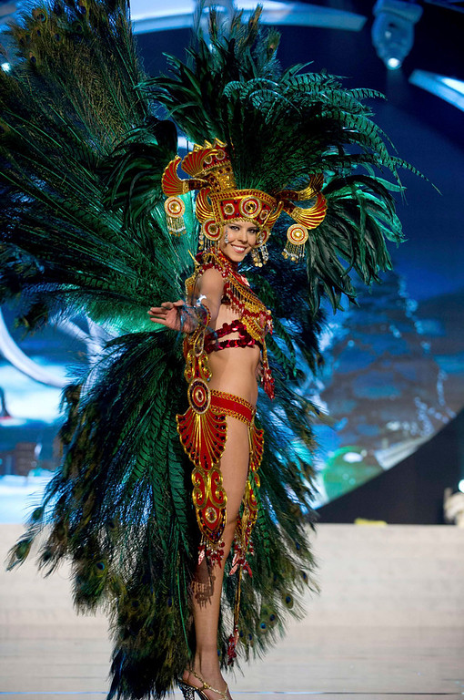 Description of . Miss Panama Stephanie Vander Werf performs onstage at the 2012 Miss Universe National Costume Show at PH Live in Las Vegas, Nevada December 14, 2012. The 89 Miss Universe Contestants will compete for the Diamond Nexus Crown on December 19, 2012. REUTERS/Darren Decker/Miss Universe Organization/Handout