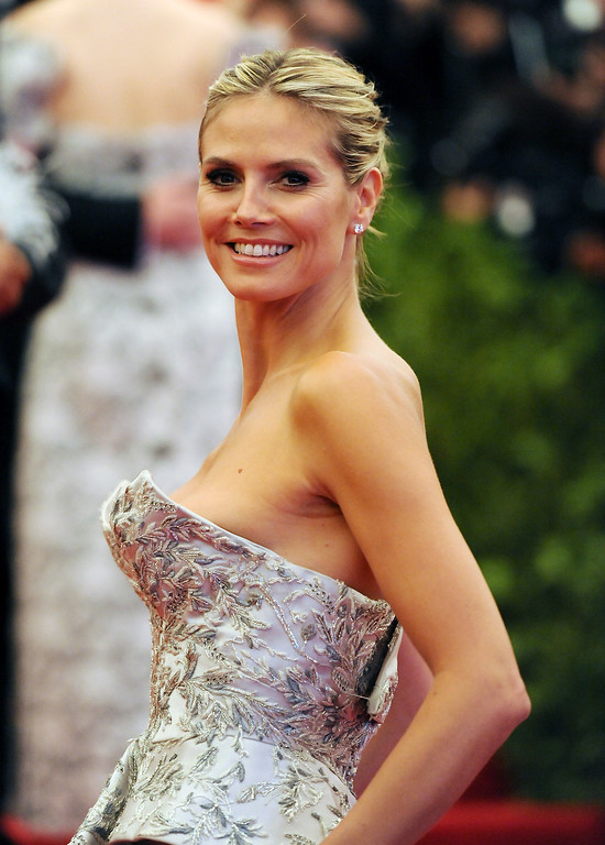 Description of . Heidi Klum attends The Metropolitan Museum of Art's Costume Institute benefit celebrating