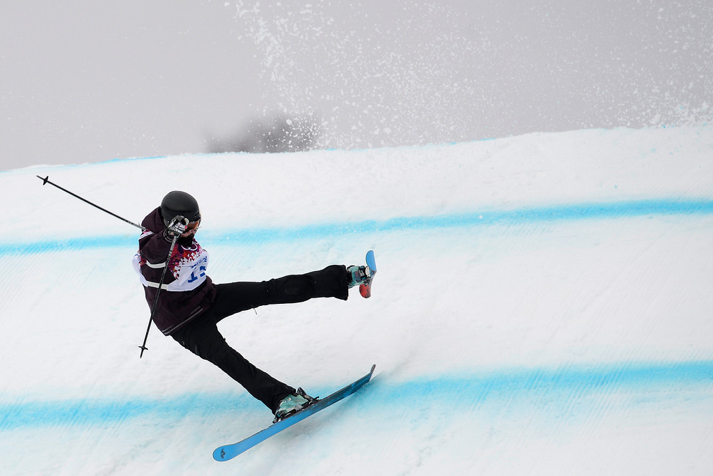 Description of . Austria\'s Philomena Bair wipes out during the women\'s ski slopestyle qualifier. Sochi 2014 Winter Olympics on Tuesday, February 11, 2014. (Photo by AAron Ontiveroz/The Denver Post)