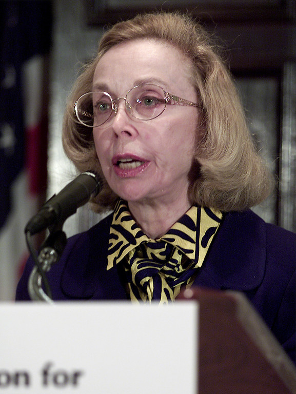 Description of . Dr. Joyce Brothers discusses the contemporary bioterrorist threat during an address before the National Foundation for Infectious Diseases, Friday, Oct. 19, 2001 at the National Press Club in Washington. (AP Photo/Ron Edmonds)