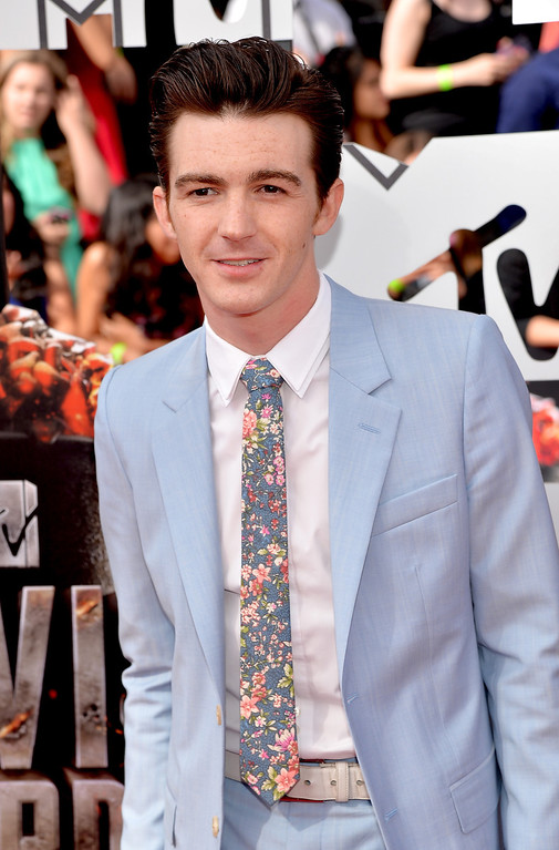 Description of . Actor Drake Bell attends the 2014 MTV Movie Awards at Nokia Theatre L.A. Live on April 13, 2014 in Los Angeles, California.  (Photo by Michael Buckner/Getty Images)