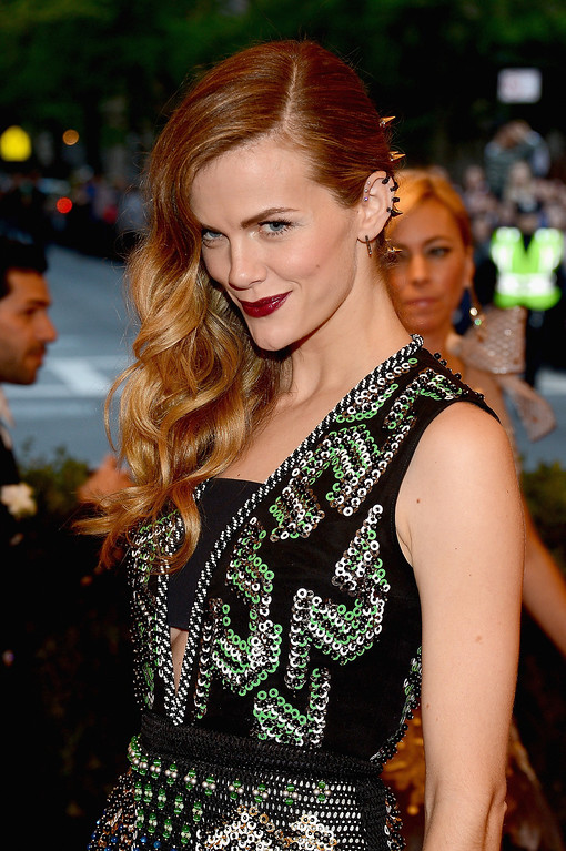 Description of . Brooklyn Decker attends the Costume Institute Gala for the
