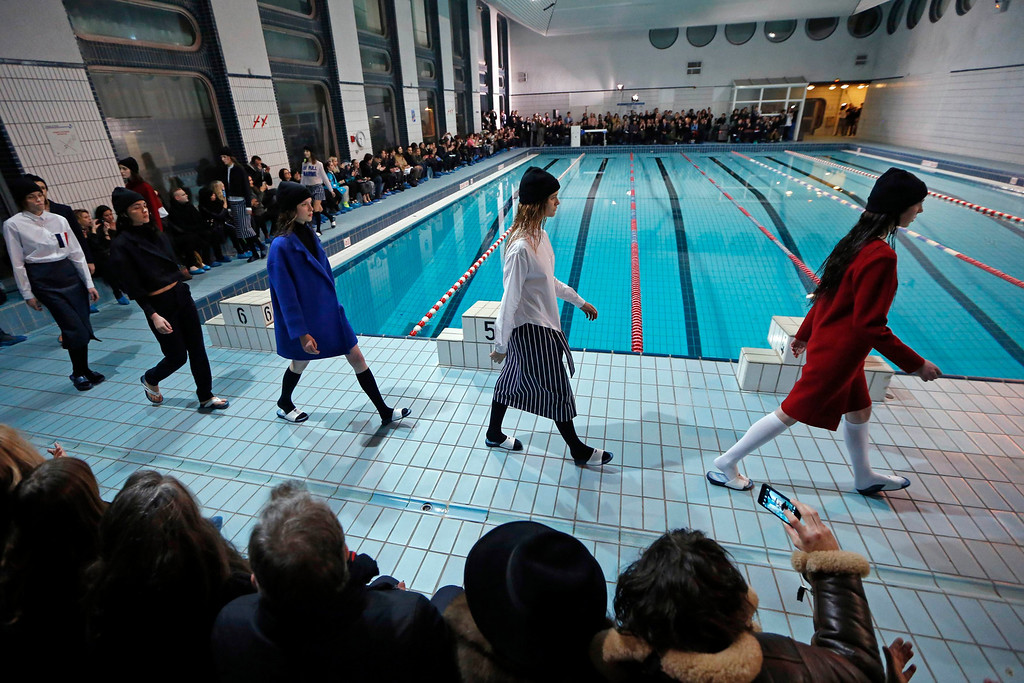 Description of . Models present creations by French designer Simon Porte Jacquemus as part of his Fall-Winter 2013/2014 women\'s ready-to-wear fashion show during Paris Fashion Week February 26, 2013. REUTERS/Charles Platiau