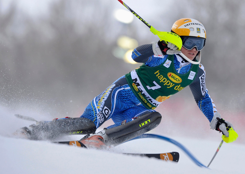 . Frida Hansdotter of Sweden clears a gate during the first run of the Alpine Skiing World Cup women\'s slalom ski race in Maribor January 27, 2013. REUTERS/Srdjan Zivulovic