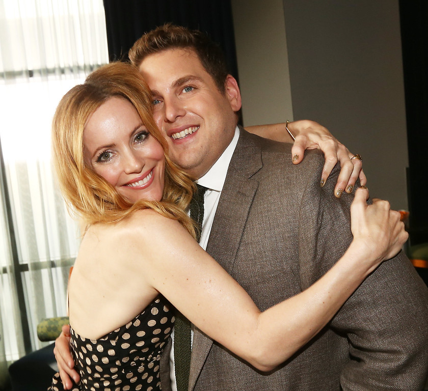 Description of . Actress Leslie Mann (L) and actor Jonah Hill attend the 2014 MTV Movie Awards at Nokia Theatre L.A. Live on April 13, 2014 in Los Angeles, California.  (Photo by Christopher Polk/Getty Images)