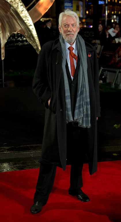 Description of . U.S actor Donald Sutherland arrives on the red carpet for the World Premiere of Hunger Games: Catching Fire, at a central London cinema, Monday, Nov. 11, 2013. (Photo by Joel Ryan/Invision/AP)