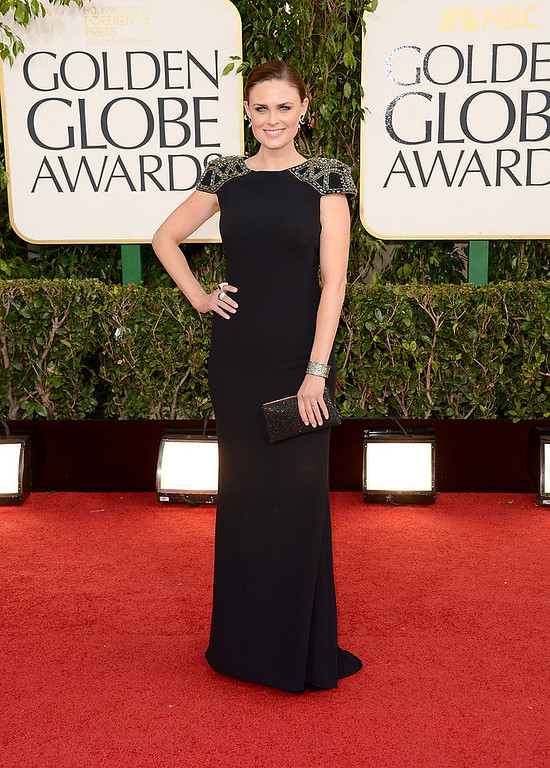 Description of . Actress Emily Deschanel arrives at the 70th Annual Golden Globe Awards held at The Beverly Hilton Hotel on January 13, 2013 in Beverly Hills, California.  (Photo by Jason Merritt/Getty Images)