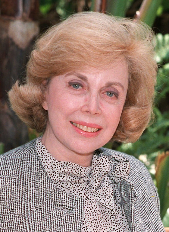 Description of . Dr. Joyce Brothers, a New York-based psychologist is shown in this 1987 photo.  (AP Photo)
