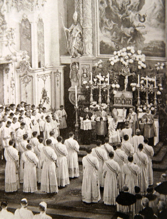 Description of . Reproduction of a picture dated 1951 shows the ordination ceremony in Freising, southern Germany, in which brothers Georg and Josef Ratzinger took part. Germany's Cardinal Joseph Ratzinger was elected the 265th pope of the Roman Catholic Church on 19 April 2005 and will take the name Benedict XVI, the Vatican announced.  REPRODUCTION TIMM SCHAMBERGER/AFP/Getty Images