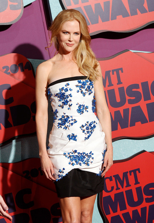 Description of . Nicole Kidman arrives at the CMT Music Awards at Bridgestone Arena on Wednesday, June 4, 2014, in Nashville, Tenn. (Photo by Wade Payne/Invision/AP)